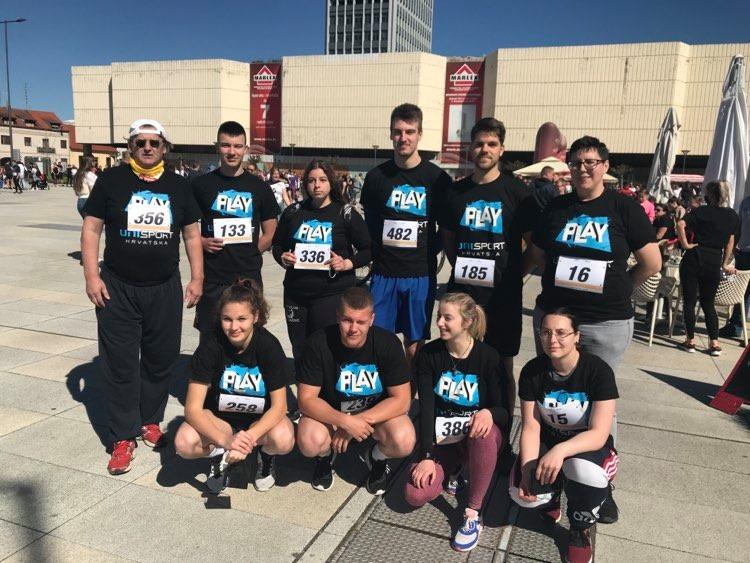 Studenti sportaši Sveučilišta Sjever pripremaju se za predstojeća studentska natjecanja. U njihove pripreme uklopila se i 2. humanitarna utrka grada anđela.